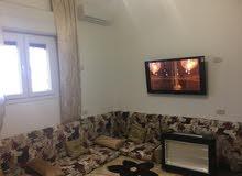 منزل للبيع مسقوفه 110 في عين زاره