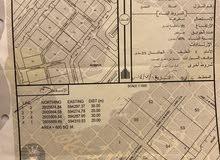 ارض شبه كورنر في موقع استراتيجي بالفليج الثانيه امامها حديقة ومسجد ومركز صحي