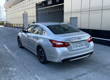 Nissan Altima made in 2018 for sale