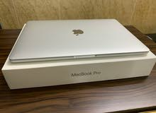 (Macbook Pro 13-inch (2017 للبيع