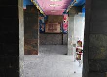 محل للايجار بمدنية نصر شارع رئيسى وميدان مساحة100متر مربع واجهة 12 متر سوبر ل