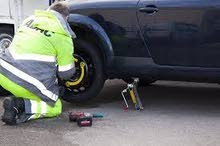 Flat Tire Assistance & Mobile puncture repair call