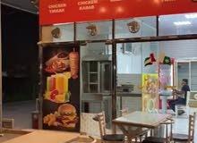 مطعم وكافتريا للبيع لعدم التفرغ مسحه كبير داخليه وخارجيه ايجاري سنوي 24000 د