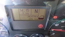 ميكانيكي فحص السيارات بتقنيات الحديثة