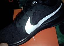 الحذاء المريح خامه عالية الجودة وبأسعار مناسبة جدا جدا