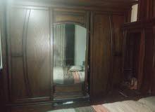 غرفة نوم للبيع استعمال خفيف