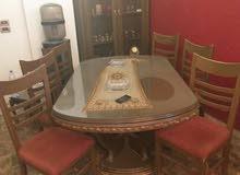 طاولة سفرة مع والديرسوار الخزانة