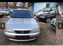 Opel Vectra made in 2001 for sale