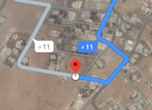 للبيع ارض 1052 م شارعين في ذهيبه الشرقيه
