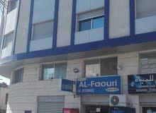محلات للايجار في جبل الحسين تصلح كشركه او مؤسئه