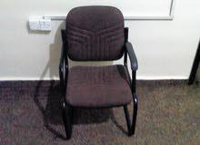 كرسي مكتب مستعمل و بحالة جيدة جداً للبيع.