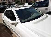 سيارة مرسيدس E240 بحالة ممتازة للبيع