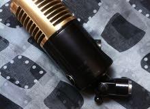 ميكروفون  طراز الستينات مطلي بالذهب