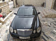مرسيدس E200 أسود ميتالك 2008 فل مع فتحه من المالك مباشره