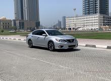 Nissan Altima SL clean car
