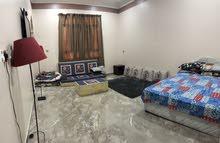 غرفة مؤثثة للعوائل والموظفات خلف عمانتل