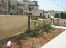 شقة أرضي جديدة 4 نوم للبيع في عبدون