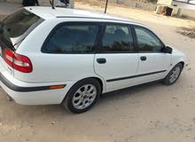 Volvo V40 2002 For sale - White color