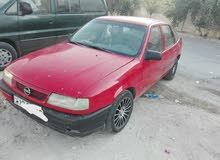 1990 Opel in Amman