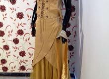 ملابس نسائية  أزياء  نسائية