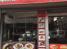 مطعم للبيع بكامل عدده  المنطقه تركيا اسطنبول الاوربيه
