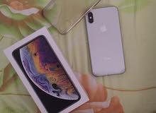 iphone xs 256gb white  شبه جديد