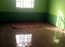 بيت للأجار جنب مدرسة السلطان قابوس