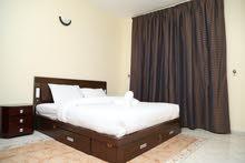 غرفة وصاله نظام فندقي للايجار الشهري في عجمان علي كورنيش عجمان