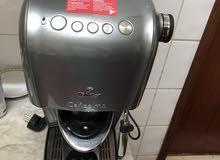 للبيع ماكينة صنعً القهوة والكابتشينو والسبريسو