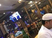 مقهي ومطعم للبيع في العين صناعيه هيلي مساحه كبيره موقع متميز ديكورات جديده بالكامل