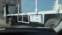 للبيع شاحنة فولفو موديل 2002 مع مقطورة