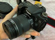 كاميرا كانون 70d مع العدسة الكبيرة 18-135