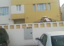 للبيع شقة في المعبيلة الجنوبية السادسه بقرب من جامع عزان بن قيس والشارع السريع