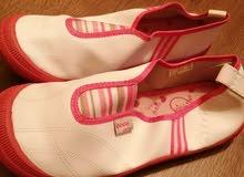 احذية نسائية واطفال للبيع