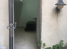 شقة ارضية شبه تسوية للبيع