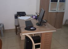 مكتب مدير ومكتب سكرتيرة