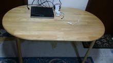 طاولة خشب زان ماليزى بحالة ممتازة