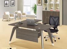 Office Table   طاولات مكتب راقية