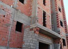 عمارة سكنية للبيع في مرحلة الهيكل بها 5طوابق في السبعه بالقرب من بوقصيعه