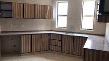 تركيب جميع أنواع المطابخ ألمنيوم والخشب خزائن الملابس جميع انواع  وتصميمات الحديته