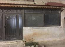 عمان،ابو نصير ،تبعد عن الجامعة الاردنية عشر دقايق