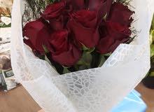 منسقة زهور وعمل باقات الورد الطبيعية