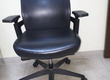 office cushion chair original leather by  HON in AMERICA