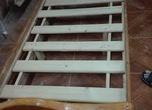 ثلث تخوت خشب مفرد بحالة الوكالة بسعر مغري