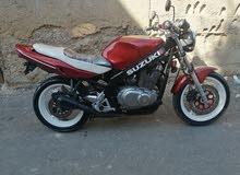 دراجه نارية نوع سوزوكي ياباني 550 سي سي توب نظافه