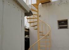 تصنيع جميع انواع الدرج الداخلي والخارجي مع خدمات التركيب