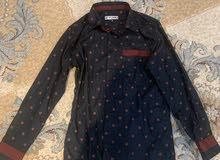قميص اسود جميل