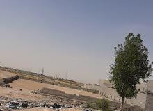 قطعه ارض للبيع 1000م خلف معارض الزبير مباشرتنآ .منطقه سكنيه ماد كهرباء .