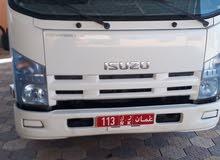 للبيع ايسوزو شاحنة 2011