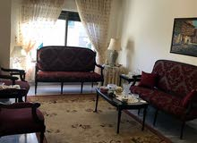 شقة ممتازة للبيع مع اثاث كامل في منطقة خلدا